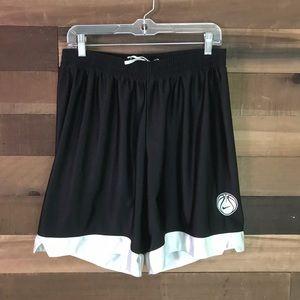 Nike vintage basketball shorts size youth large